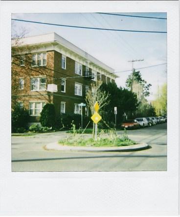 [Traffic circle]